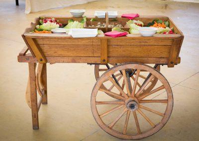 galerie Photos Val de Loir traiteur - notre charrette de légumes