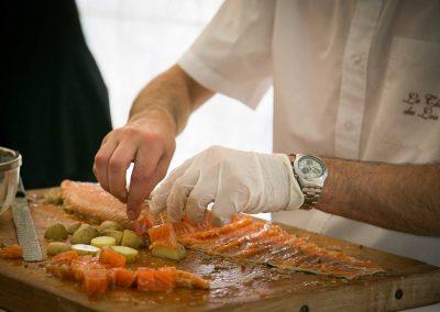 galerie Photos Val de Loir traiteur - atelier saumon fumé maison